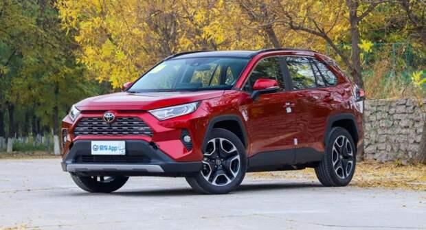 Toyota RAV4 завоевал звание бестселлера американского авторынка в сегменте SUV в 2021 году