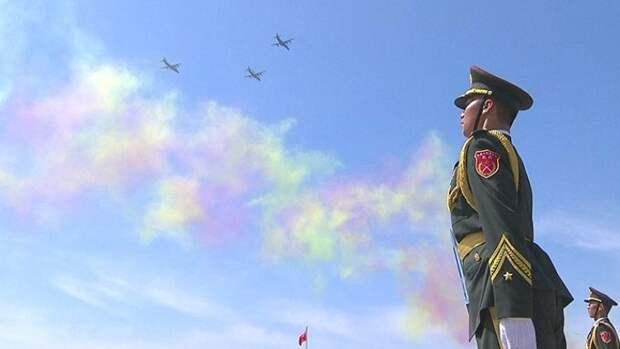 """Более 300 человек приняли участие в акции """"Бессмертный полк"""" в Пекине"""