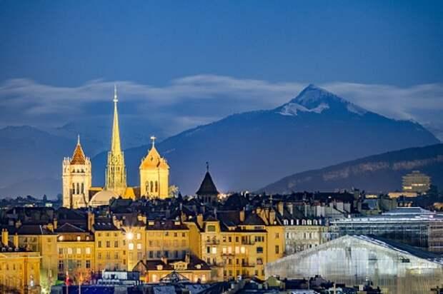 Путин уже прилетел в Женеву для переговоров с Байденом