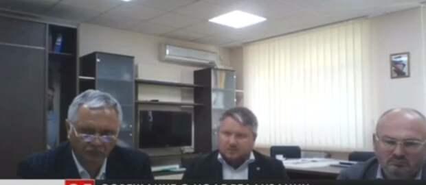 Крымский чиновник проспал видеоселектор Аксенова в шкафу