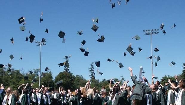 Центры по содействию в трудоустройстве выпускников создали в 45 колледжах Подмосковья