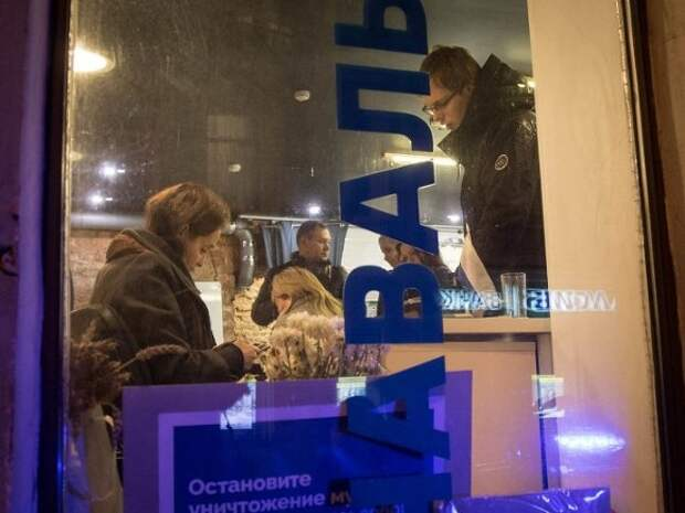 «Заставляли глотать резиновую дубинку»: глава штаба Навального в Ростове рассказала о пытках