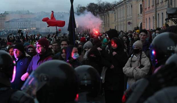 Александр Роджерс: Риторика и реальность в действиях оппозиции