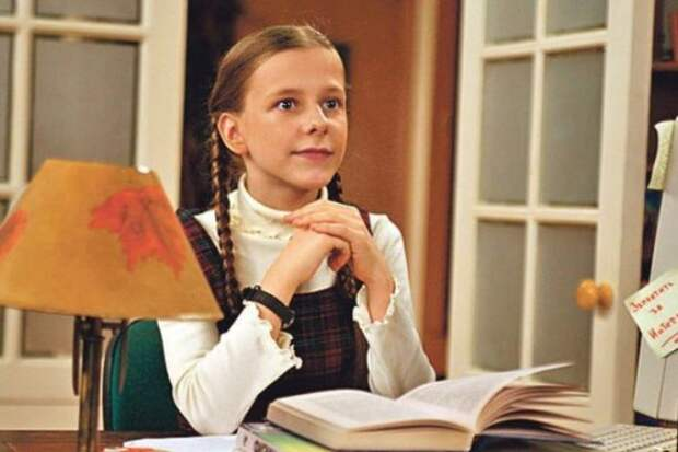 7 фактов о Лизе Арзамасовой из «Папиных дочек», которая встречается с Авербухом