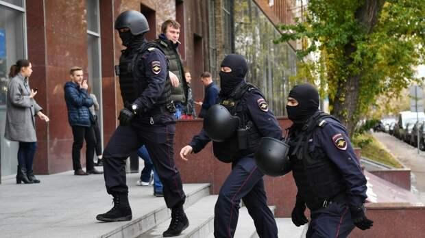 Поддержка Навального иностранными студентам закончилась депортацией из России.