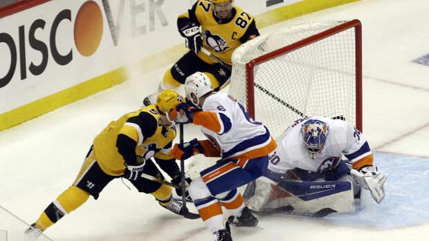 """39 сейвов Сорокина помогли """"Айлендерс"""" обыграть """"Питтсбург"""" в матче плей-офф НХЛ"""