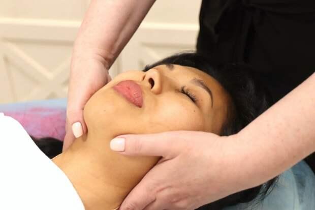 Лето близко: более 15 техник массажа лица и тела предлагают уссурийцам в этом салоне