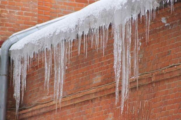 Ижевскую управляйку оштрафовали за неочищенные от снега крыши