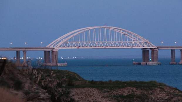 По Крымскому мосту за три года проехали более 14 млн транспортных средств