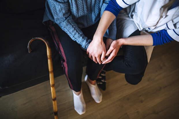 Пожилой – значит одинокий? Как можно помочь бабушкам и дедушкам, у которых никого нет. Часть 2