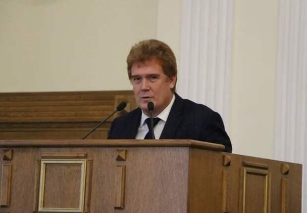Глава Челябинска подал в отставку через 4 месяца работы