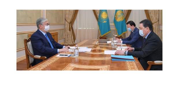 Токаев поручил правительству обеспечить доступность QazVac для казахстанцев