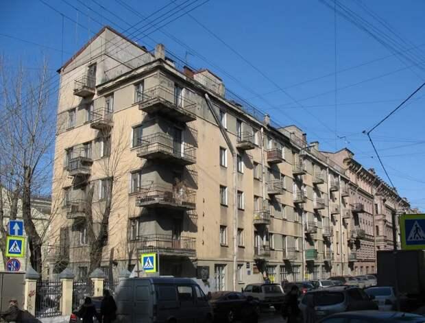 Эти дома в Петербурге нужно обязательно постетить