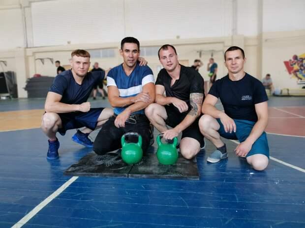Пожарные МЧС САО — победители соревнований по гиревому двоеборью