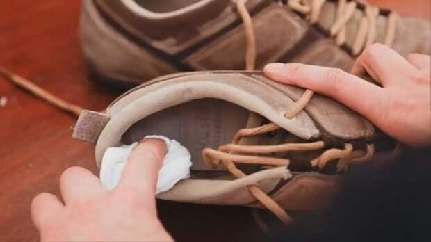 10 приемов, с которыми обувь перестанет вонять и причинять неудобства
