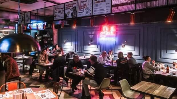 Англичанин попал в неловкую ситуацию при посещении ресторана в России