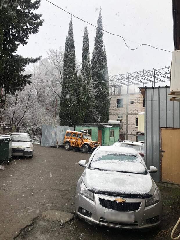 На ЮБК пошёл первый снег в этом году