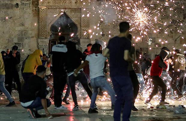 Более 200 человек пострадали во время беспорядков в Иерусалиме
