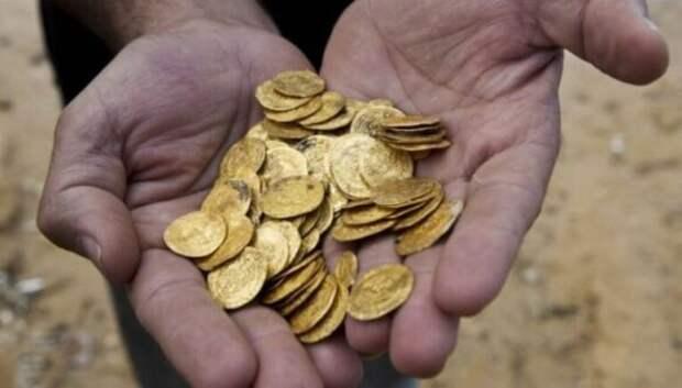 Как наши предки хранили деньги и драгоценности без банков и сейфов