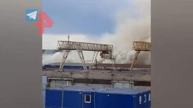 """Склад загорелся в Красногорске на площади в 750 """"квадратов"""""""