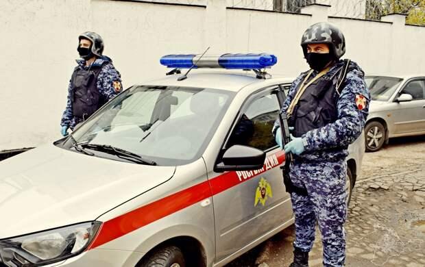 В симферопольском баре двое пьяных мужчин избили человека