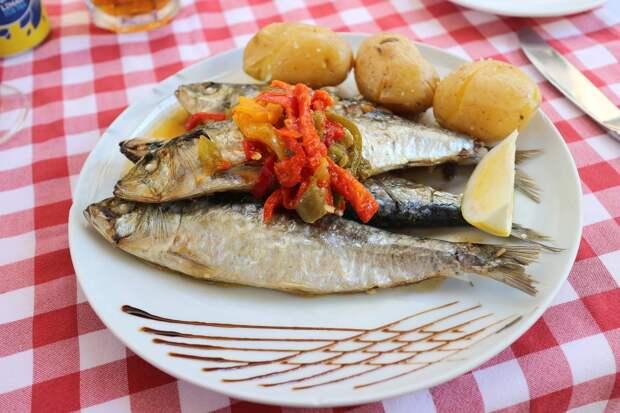 Диетолог Аптон рассказала о пользе рыбного рациона для улучшения качества сна