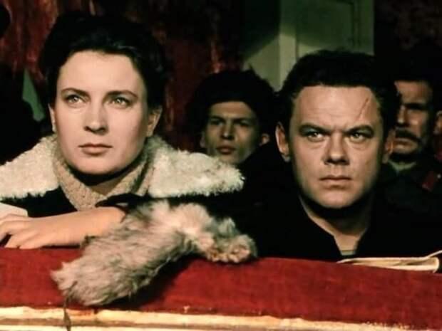 Кадр из фильма *Хождение по мукам*, 1957-1959 | Фото: kino-teatr.ru