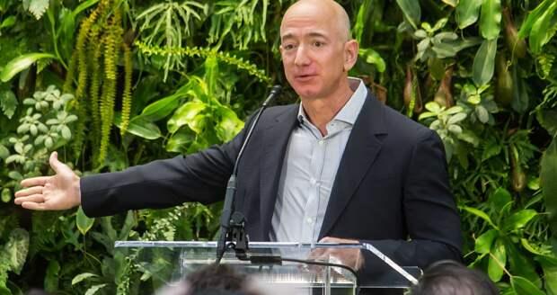 Богатейший человек мира Джефф Безос продал акции Amazon на $2,5 млрд
