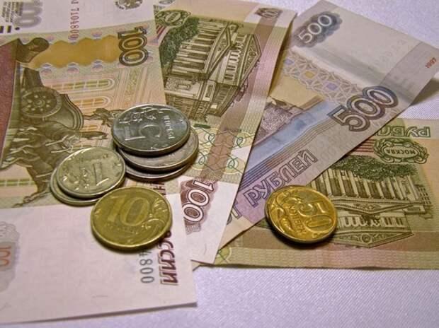 Опросы россиян шокировали: нет денег на еду и оплату коммуналки