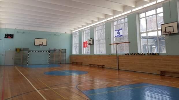 Обвал стены произошел в приморской школе в селе Воздвиженка