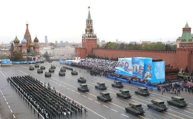 NI назвал пять лучших вооружений на параде Победы в Москве