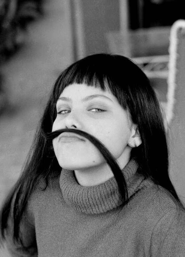 Фотографии  молодой Орнеллы Мути.