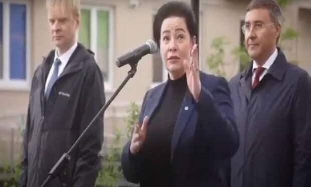 Дятлова нашла «интеллектуальный банк» в Калининграде и захотела в общежитие