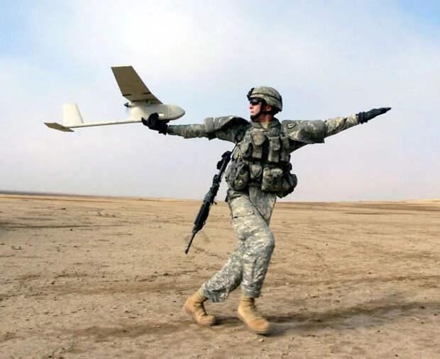 """""""США не могут вести полномасштабный обычный конфликт против противника равного уровня,""""-Скотт Риттер о деградации армии США."""