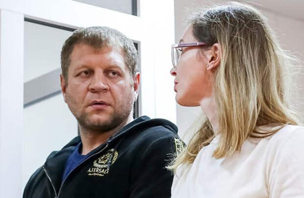Боец Емельяненко попал в ДТП в пьяном виде. Арестован и оштрафован