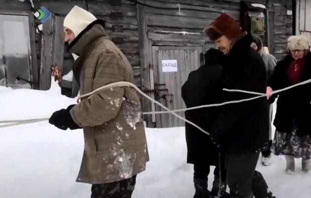 Российские пенсионеры взорвали Сеть пародиями на клипы