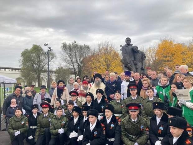 В парке «Акведук» почтили память народных ополченцев