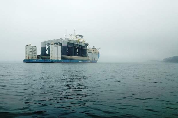 """Стартовая платформа Odyssey проекта плавучего космодрома """"Морской старт"""" в Приморье. Фото: ТАСС"""