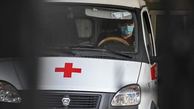 Мальчик на самокате попал под колеса легковушки в Петербурге