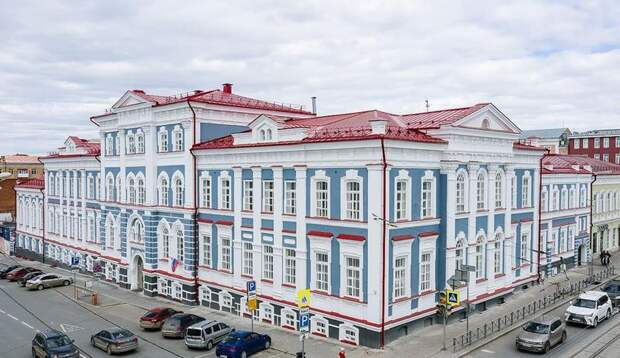 Ярилова посетила Институт культуры и хореографическое училище в Перми