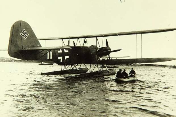 Боевые самолеты. Когда полезен абсолютно во всем