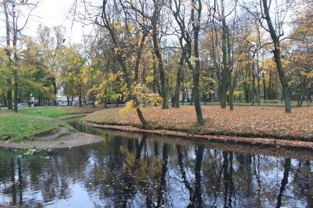 Осень в Таврическом саду