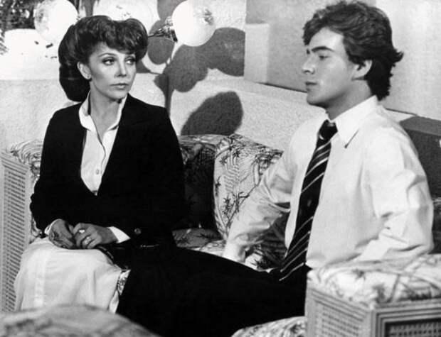 Кадр из сериала *Богатые тоже плачут*, 1979-1980 | Фото: latinoparaiso.ru