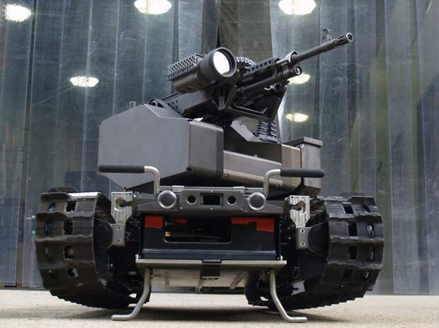 Небольшая фотохроника российской военной техники нового поколения