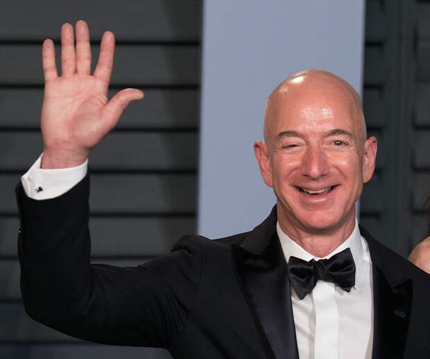 Джефф Безос сообщил обуходе cпоста гендиректора Amazon