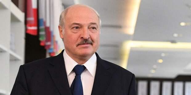 Лукашенко призвал СНГ поддерживать украинскую власть