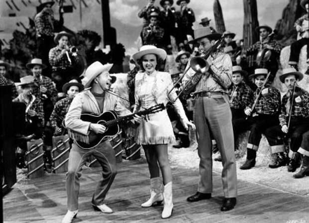 Американский актер Микки Руни скончался в возрасте 93 лет