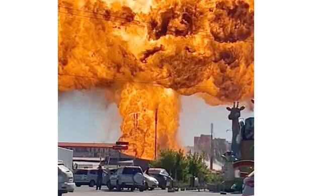 После взрыва на АЗС семь человек попали в реанимацию