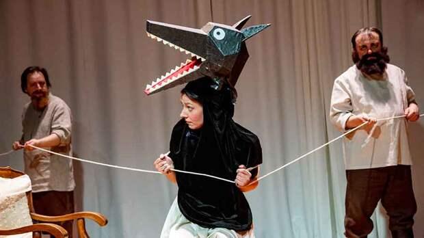 «Красная Шапочка» Цезаря Кюи в Театре Сац: happy end путем кесарева сечения