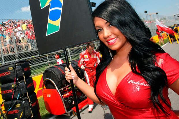 Подборка фотографий c «грид-гёрлз», от которых хочет отказаться Формула-1